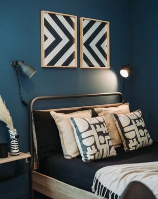 Bedroom2_sidebed.jpg