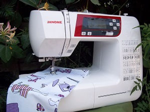 Sewing Machine bottom 2.jpg