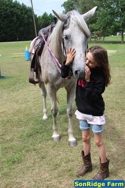 Camper with Lauryl (horse)