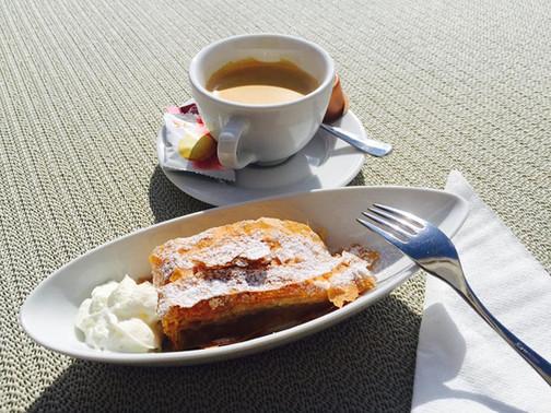 Kaffee&Kuchen.jpg