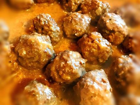 Meatballs & Peppercorn Sauce
