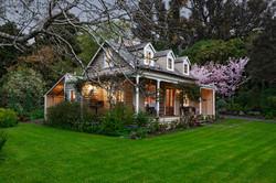 main cottage image