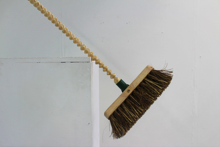 Broom Cut on the Miter Cutting Machine