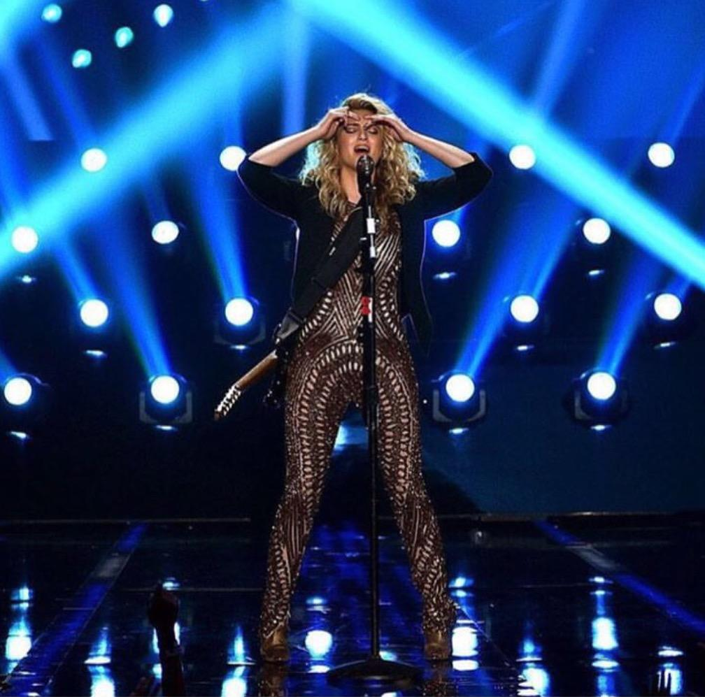 Tori Kelly 2015 VMA Performance