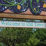 old-town-1468355_1920.jpg