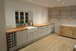 Simplistic Farmhouse Kitchen