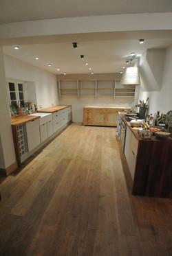 Simlpistic Farmhouse Kitchen..