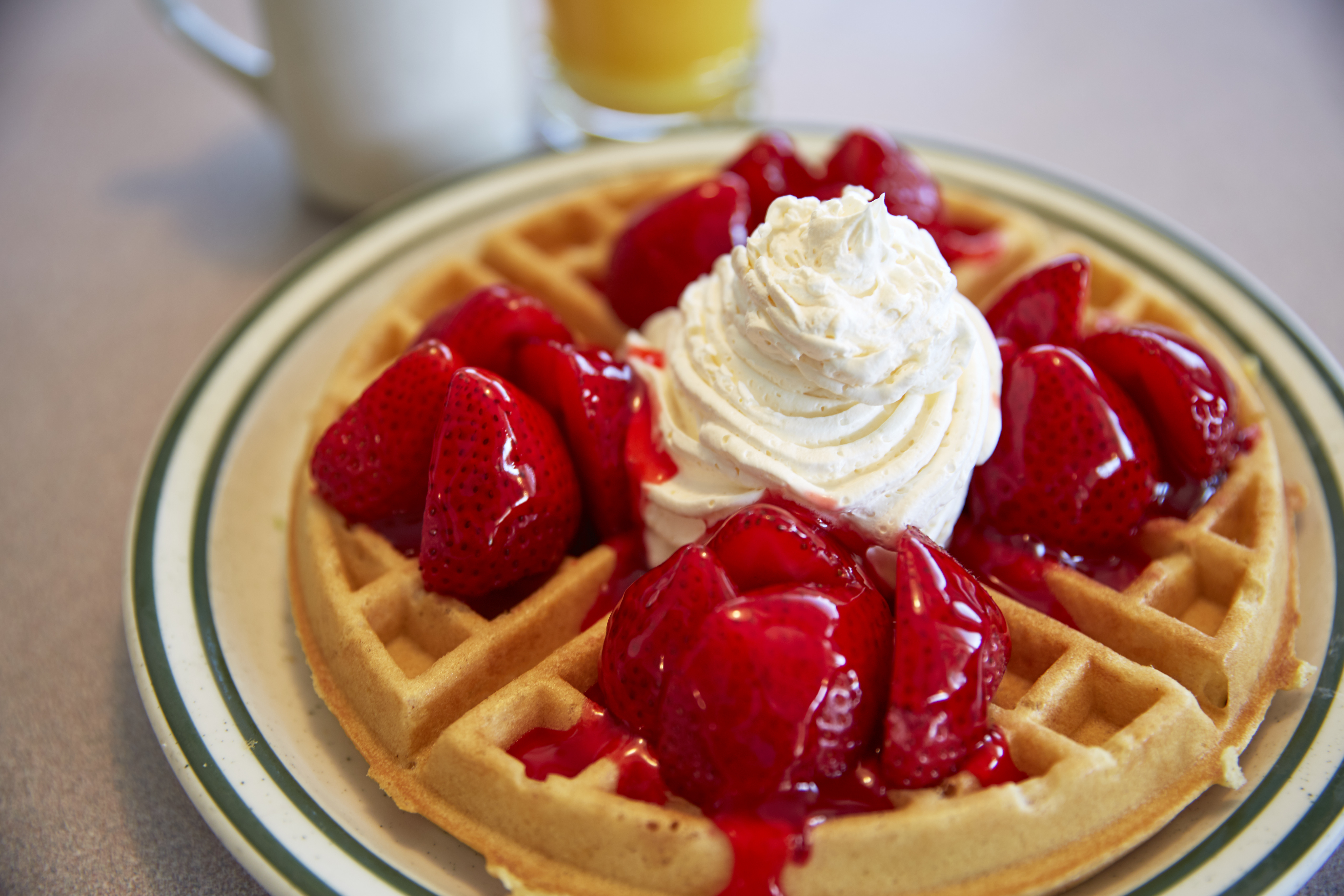 Strawberry Waffle | Country Waffles