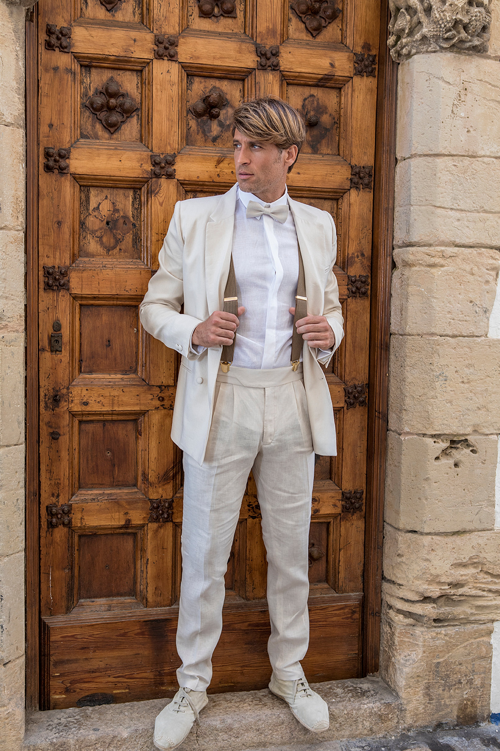 wedding suit linen barcelona manuel pardo. Black Bedroom Furniture Sets. Home Design Ideas