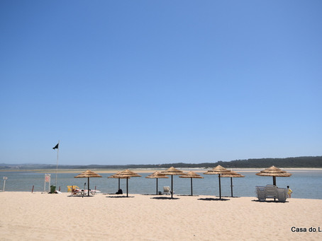 The beach in June at Foz do Arelho, Portugal: vast and tranquil