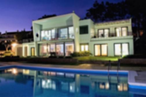 The villa at nighfall