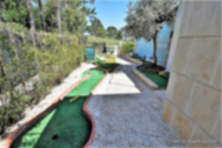 Perspective of the mini golf access