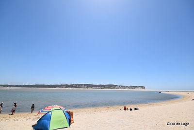 white sandy beach at Foz do Arelho