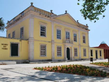 Glass Museum: the historical Englisht root of glass in Portugal.
