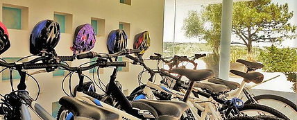 bikes in casa do lago: best villa holidays in Portugal