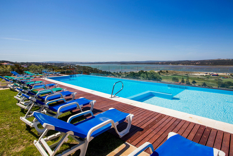 portugal villa with large pool