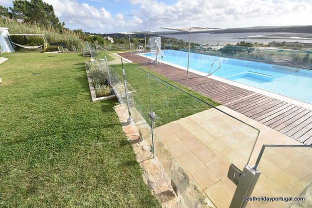solid transparent pool fence