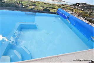 Child pool area: Child friendly holidays Portugal