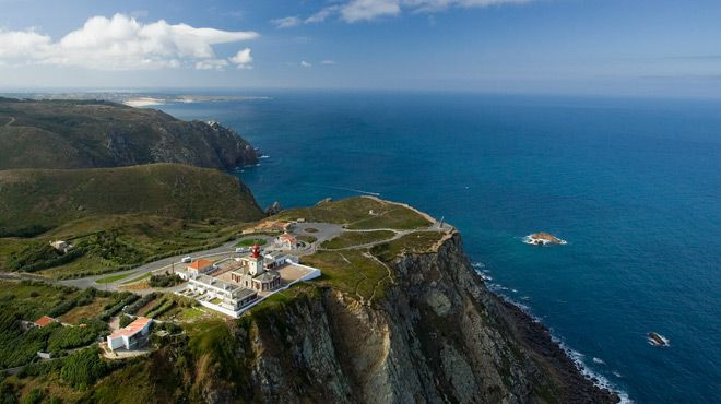 Take advantage of your holidays in Portugal, to visit the westernmost point of the European Continent