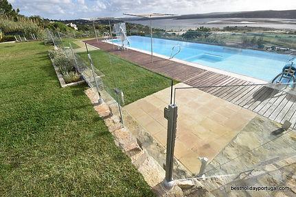 Solid pool fence at the holiday villa Casa do Lago