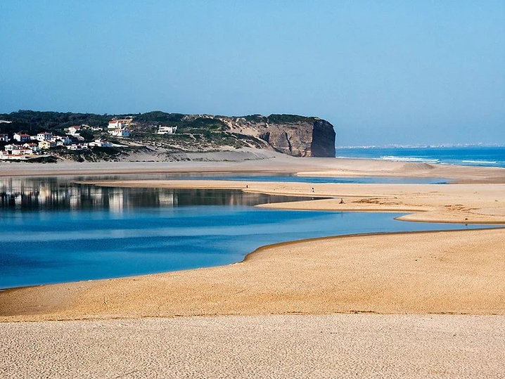 Calm waters beach, Foz do Arelho