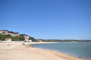 Foz do Arelho vast beach