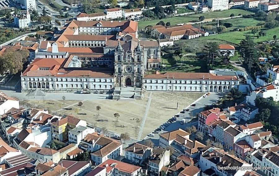 Monastery of Alcobaca, near casa do lago family friendly holiday villa
