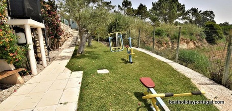 garden gym with 3 equipment
