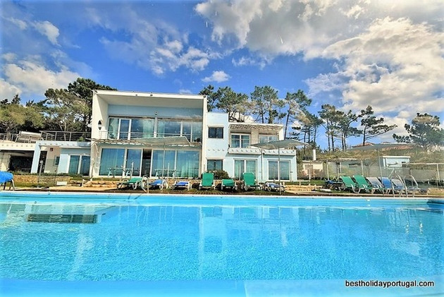 luxury family villa portugal
