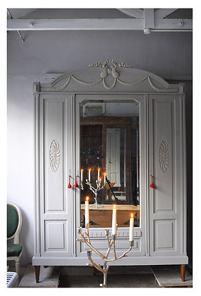 Jeannette Du Bois french antiqe Wardrobe london