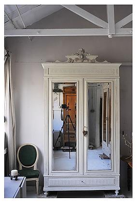 Palais Wardrobe*****
