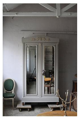 Toscane Wardrobe french antique wardrobe