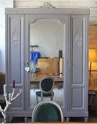 Reims French Wardrobe