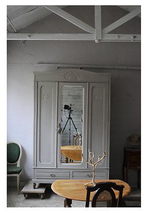 Dimanche Wardrobe french antique wardrobe london