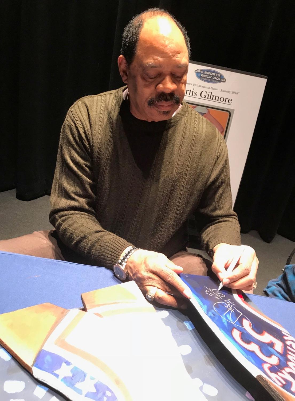 Artis Gilmore signing
