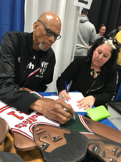 Sax Kareem Abdul-Jabbar signing_edited