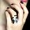 Thumbnail: Miscible Bague en or blanc 18k sertie d'un saphir bleu et diamants ice
