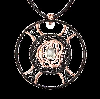 Collier Labyrinthe de l'Âme serti d'un saphir blanc et diamants