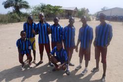 Schüler-Fußballmannschaft.JPG
