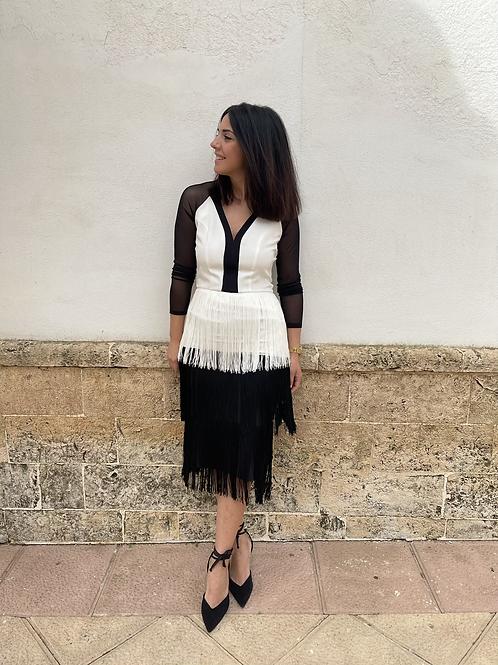 Vestido bicolor flecos