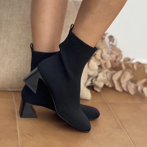 Botín calcetín negro