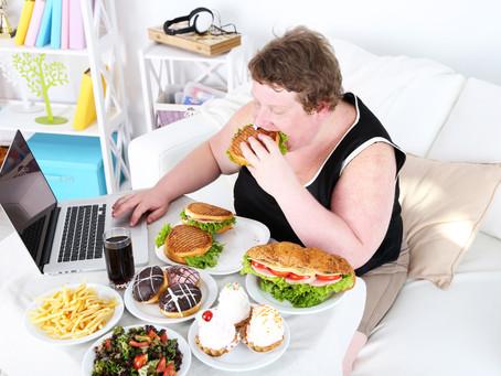 אכילה רגשית - למה זה מגיע לנו