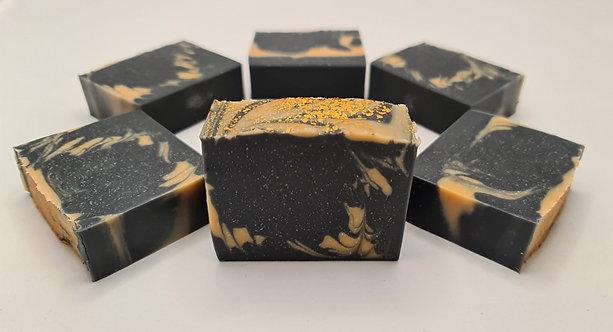 סבון פחם פעיל בעיטור זהב