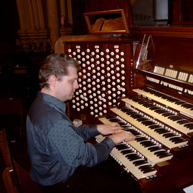 Stephen playing the Kilgen Organ at St. Patrick's Cathedral, March 2006