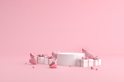 podium-gift-box-with-balloons-heart-shap