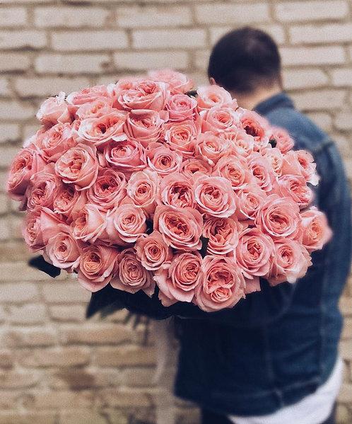 Букет из 61 пионовидной розы