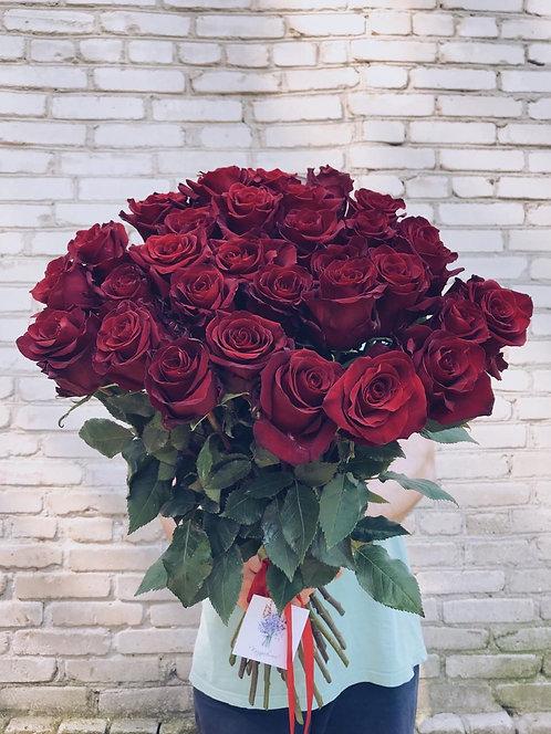 19 эквадорских роз 70см