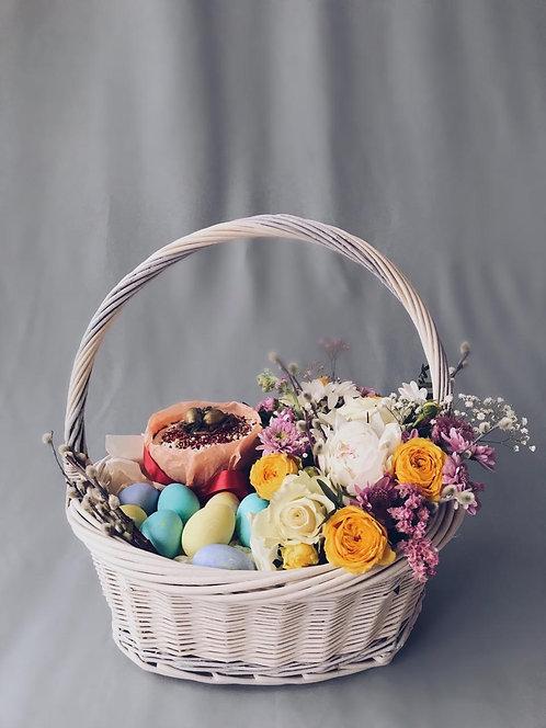 Пасхальный набор (в стоимость включены 10 яиц и кулич ручной работы)