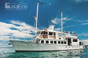 Viaja a Galapagos por 4 días en el Veleo Golondrina