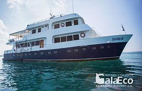 La mejor manera de disfrutar de Galapagos es navegando en el Yate Xavier